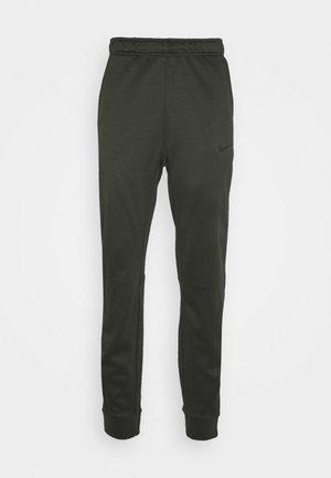 THRMA TAPER - Teplákové kalhoty - sequoia/black