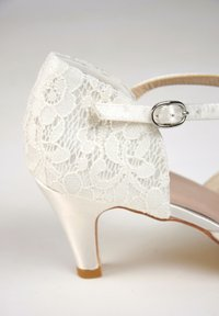 The Perfect Bridal Company - ELSA-SPITZE - Bridal shoes - ivory - 6