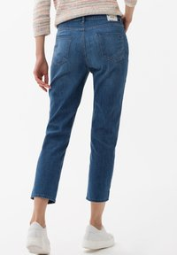 BRAX - STYLE CARO  - Slim fit jeans - blue - 2