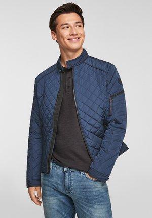MIT LEICHTER WATTIERUNG - Light jacket - blue