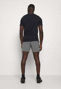 Nike Performance - SHORT YOGA - Pantalón corto de deporte - iron grey/grey fog/black - 2