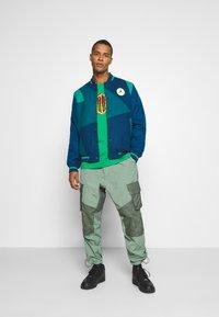 Jordan - PANT - Trousers - spiral sage/white - 1