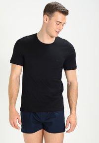 BOSS - 3 PACK - Unterhemd/-shirt - open blue - 4