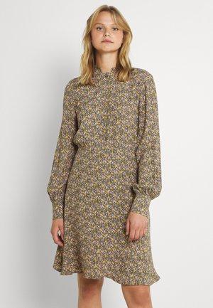 NUCHABELLY DRESS - Day dress - grape leaf