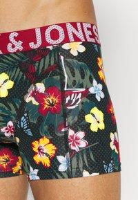 Jack & Jones - JACFLOWER SUMMER TRUNKS 3 PACK - Shorty - navy blazer/scooter/chili pepper - 5