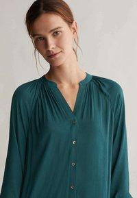 OYSHO - Shirt dress - evergreen - 3