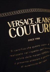 Versace Jeans Couture - FELPA - Felpa con cappuccio - black - 2