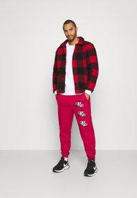 Jordan - PANT - Pantaloni sportivi - red - 1
