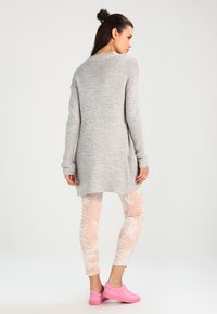 Vero Moda - VMNO NAME - Cardigan - light grey melange - 2