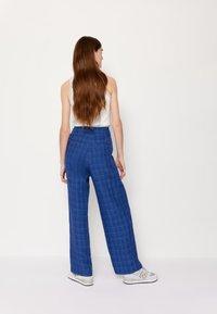 Wood Wood - SIRID TROUSERS - Trousers - blue - 6