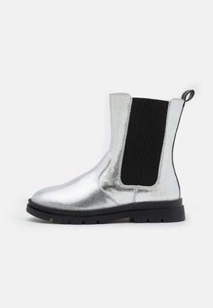 MID PULL ON GUSSET BOOT - Botki - cracked silver