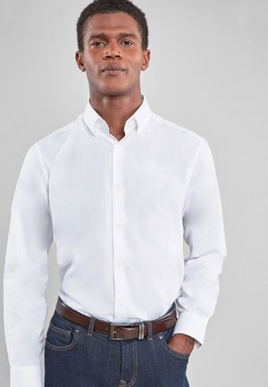 TOFFEE SLIM FIT OXFORD - Camicia - white