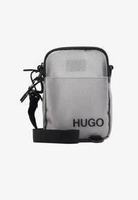 HUGO - CYBER ZIP - Skuldertasker - grey - 4