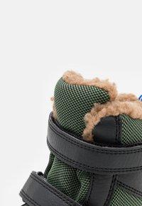 Finkid - LAPPI UNISEX - Zimní obuv - bronze green/graphit - 5