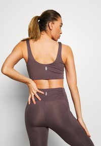Free People - BREATHE EASY BRA - Sports bra - dark purple - 2