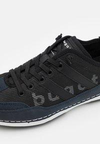 Bugatti - KOVAK - Baskets basses - dark blue/black - 5