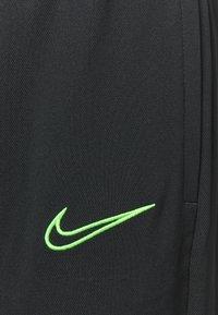 Nike Performance - ACADEMY SUIT - Treningsdress - black/green strike - 8