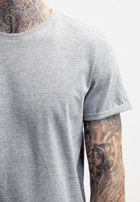 YOURTURN - Basic T-shirt - mottled grey - 3