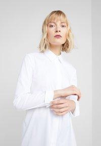 Steffen Schraut - BELLE LOVELY BLOUSE - Skjorta - white - 3