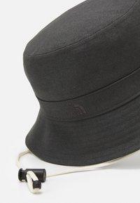 The North Face - MOUNTAIN BUCKET HAT UNISEX - Kapelusz - asphalt grey - 3