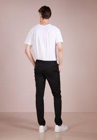 HUGO - HELDOR - Spodnie materiałowe - black - 2