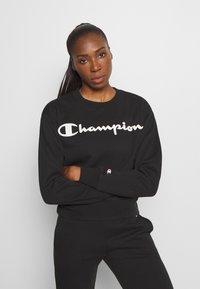 Champion - CREWNECK LEGACY - Collegepaita - black - 0