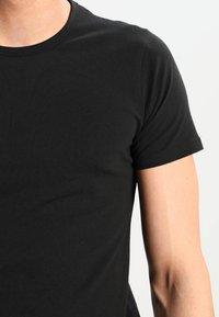 Jack & Jones - NOOS - Basic T-shirt - black - 3