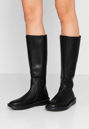 FORMIGA - Boots - black