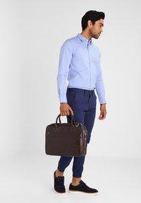 Royal RepubliQ - NANO BIG ZIP - Laptop bag - brown - 1
