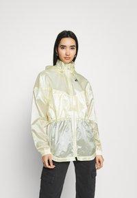 Nike Sportswear - SUMMERIZED - Summer jacket - coconut milk/black - 0