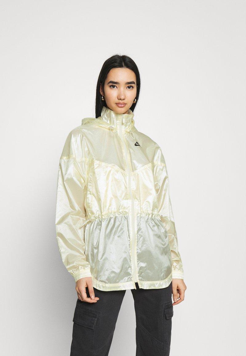 Nike Sportswear - SUMMERIZED - Summer jacket - coconut milk/black