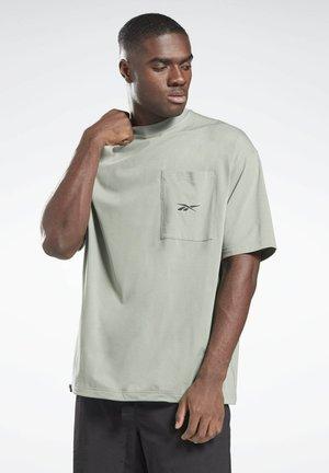 VECTOR POCKET T-SHIRT - T-shirt print - green
