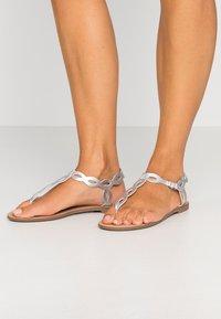 PARFOIS - T-bar sandals - silver - 0