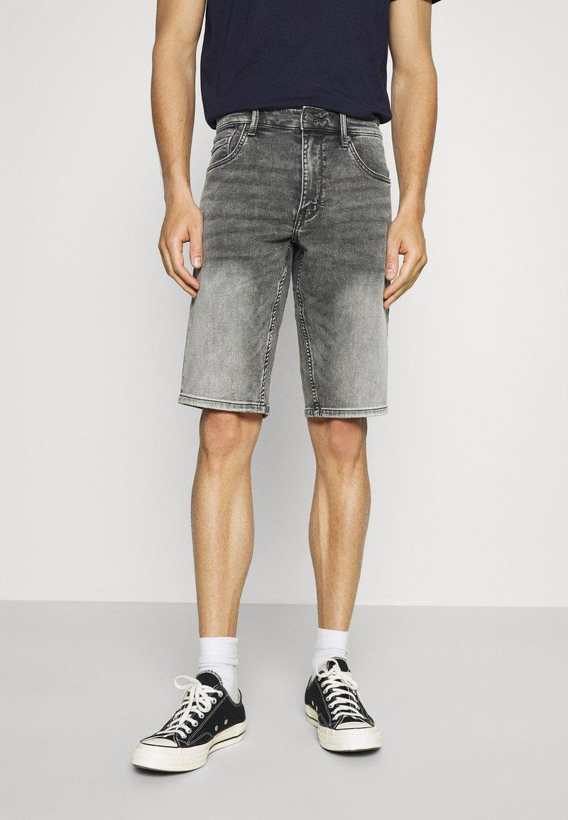 s.Oliver - Denim shorts - grey
