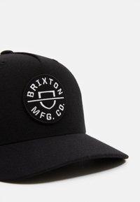 Brixton - CREST SNAPBACK UNISEX - Cap - black - 3