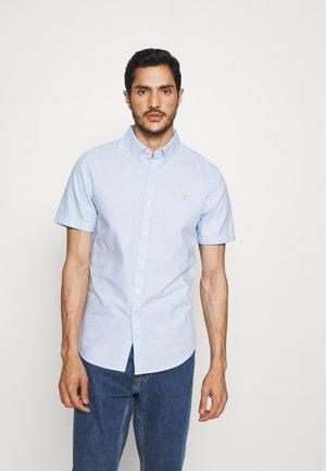 BREWER SHIRT - Overhemd - sky blue