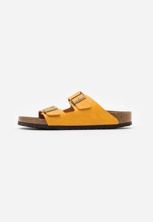 VEGAN ARIZONA - Domácí obuv - saddle/matt ochre