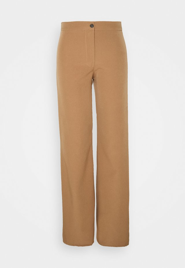JAQUELINE FLARE TROUSERS - Trousers - camel