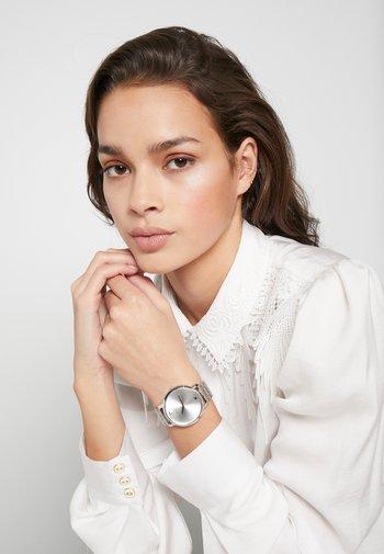 GENUINE - Watch - silver-coloured