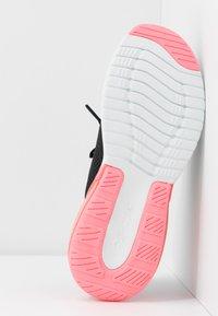 Skechers Sport - SKECH-AIR STRATUS - Slip-ons - black/hot pink - 6