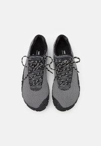 Merrell - MOVE GLOVE - Minimalist running shoes - black/white - 3
