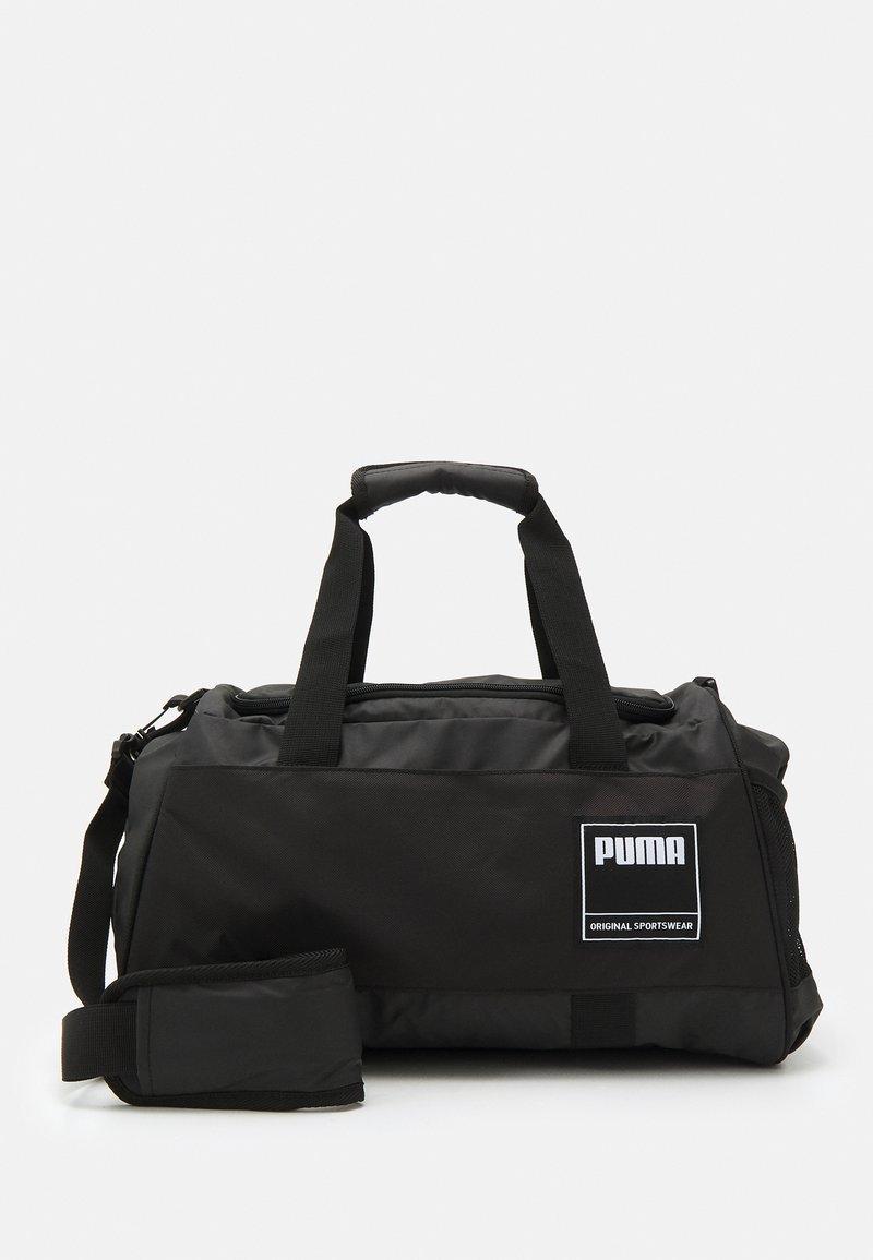 Puma - GYM DUFFLE S UNISEX - Sportovní taška - black