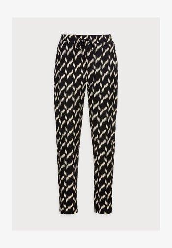 GUNBRIT - Trousers - black
