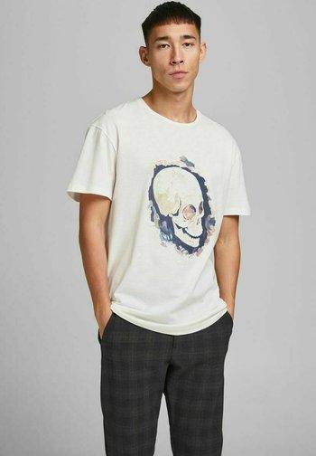 JORTRAC - Print T-shirt - cloud dancer