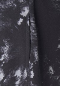 KENDALL + KYLIE - OVERSIZED HIGH RISE - Tracksuit bottoms - black/grey - 6