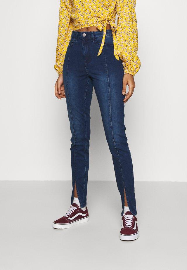 NMCALLIE SLIT DETAIL - Jeans Skinny Fit - dark blue denim