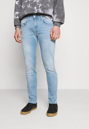 ANBASS HYPERFLEX REUSED X LITE - Jeans slim fit - light blue
