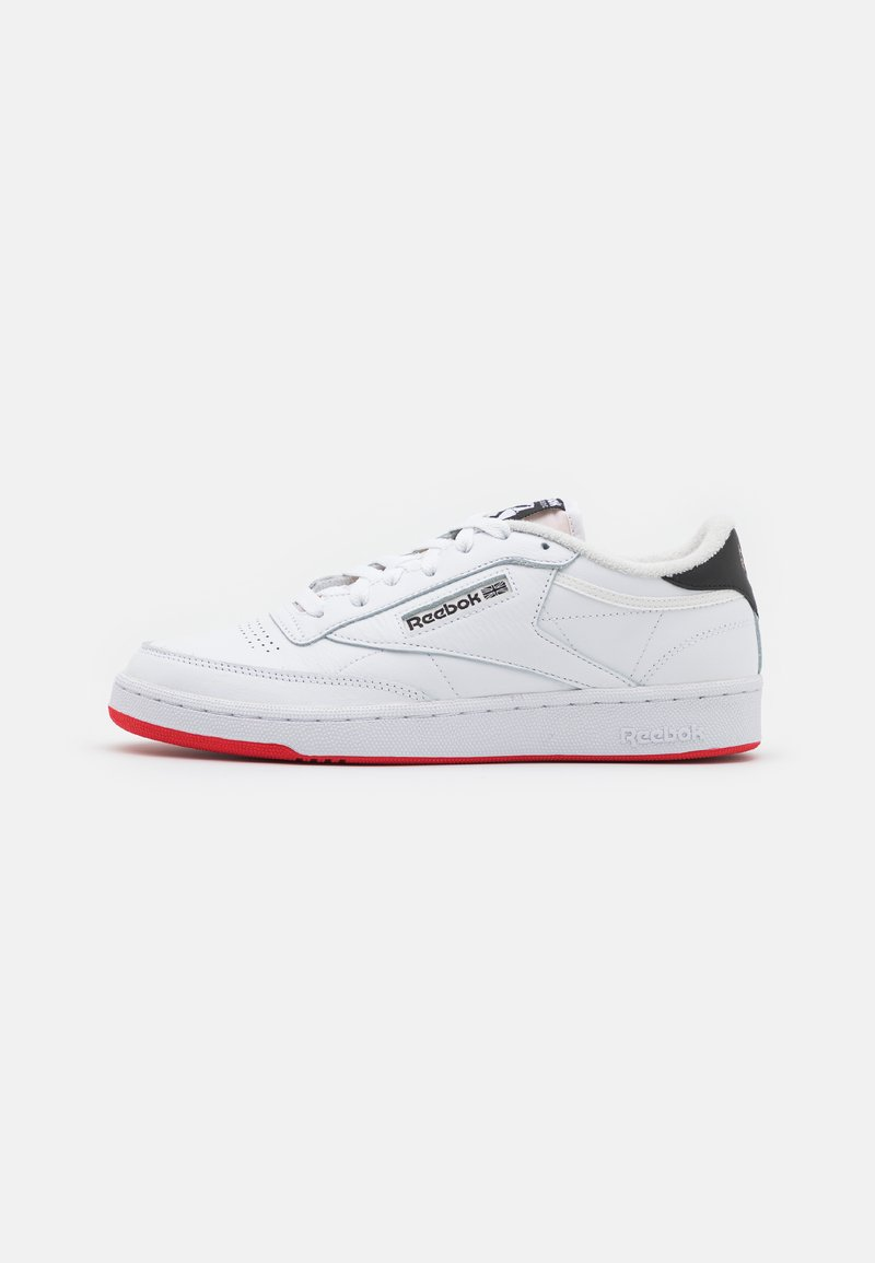 Reebok Classic - CLUB C 85 UNISEX - Tenisky - footwear white/vector red