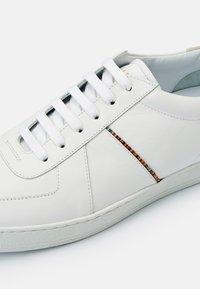 Paul Smith - HARKIN - Tenisky - white - 4
