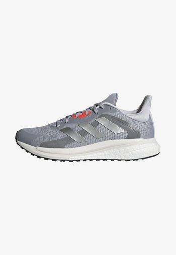 SOLARGLIDE 4 ST LAUFSCHUH - Neutral running shoes - grey